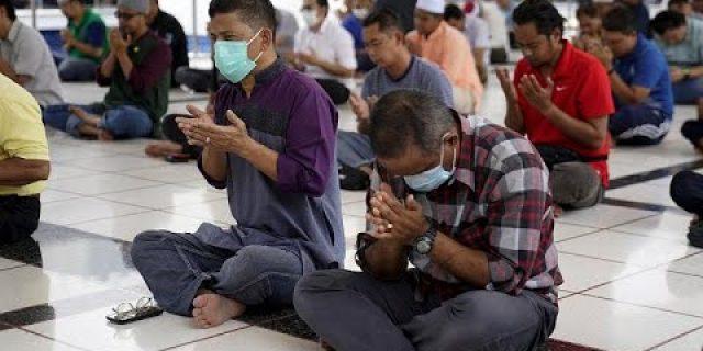 Masjid; Antara Shalat Jama'ah, Jum'atan dan Fungsi Sosial Saat Covid-19.